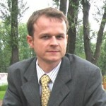 Михаил Изюмский