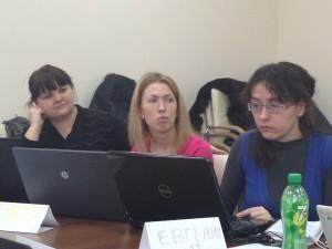 Участники обсуждают работу в группах, Intel Teach в Харькове